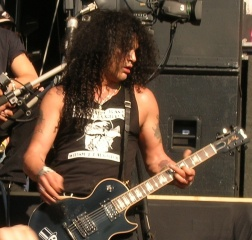 File:Saul Hudson (Slash) 2005.jpg